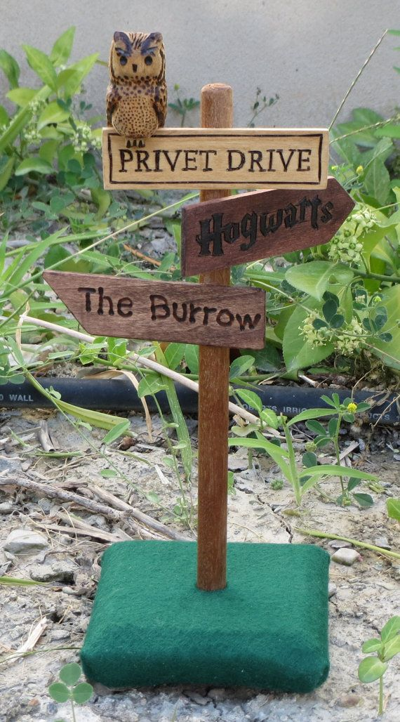 Mini Harry Potter Sign Post by OohhhBurn on Etsy, $30.00