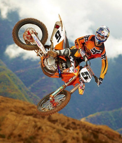 Ryan Dungey, can't wait to see if he kills it this supercross season!