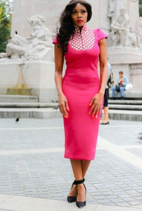 Thembi Seete, our South African beauty.  Looking gud.  Loving the outfit♥♥♥