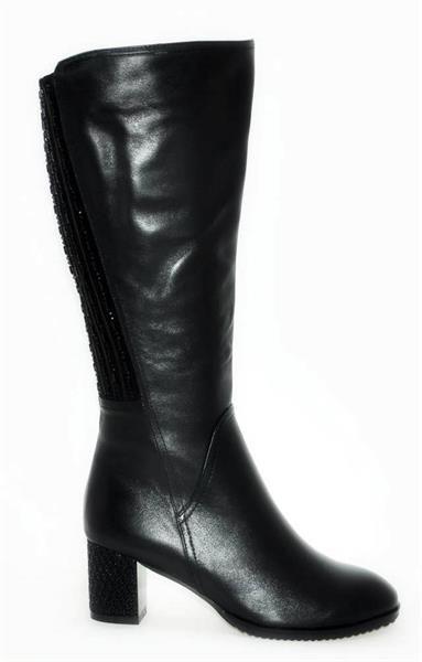Тянущаяся обувь для проблемных ног