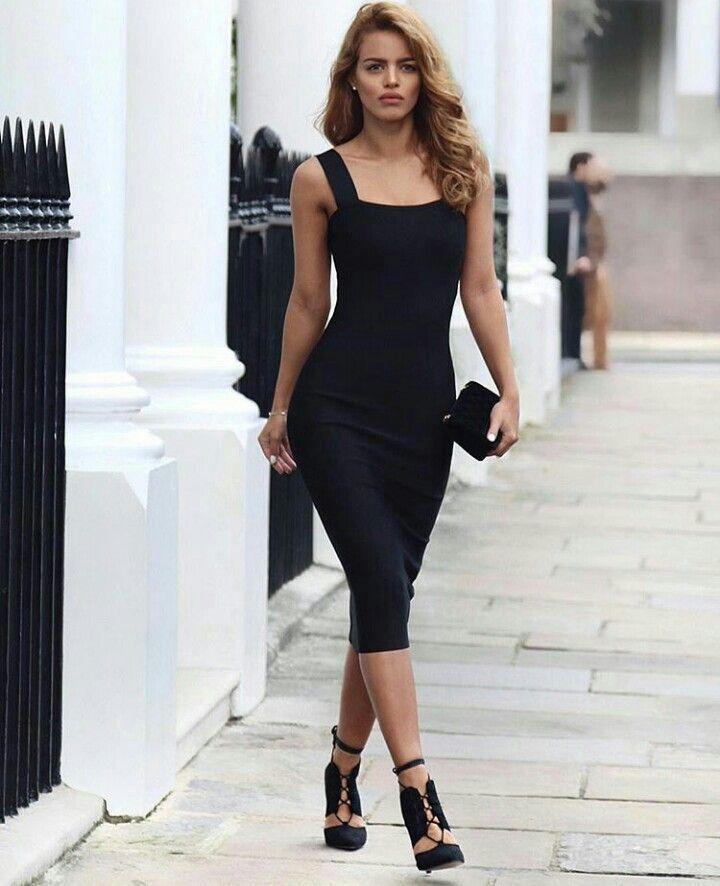 черное платье футляр фото модного образа есть