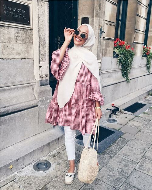 Romantic hijab fashion styles – Just Trendy Girls