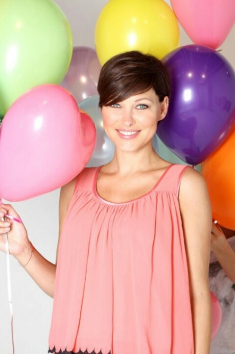 Emma Willis Hair