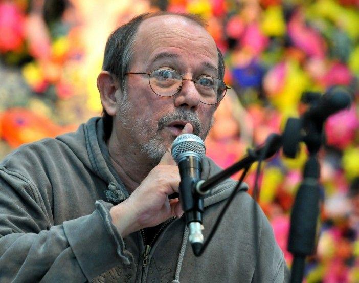 Las curiosidades del trovador más necio y revolucionario de nuestros tiempos: Silvio Rodríguez