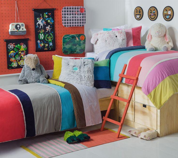 Encuentra los mejores cobertores para abrigar la cama de tus hijos esta temporada.