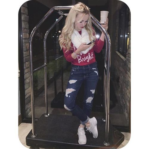 Dove Cameron: See Your Fave Stars' Christmas 2015 Styles
