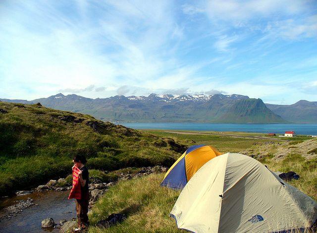 Ventajas e inconvenientes de unas vacaciones familiares en camping