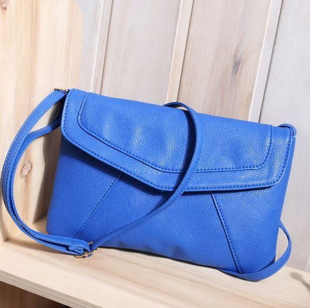 Dámská crossbody koženková malá kabelka – modrá – SLEVA 80 % + POŠTOVNÉ ZDARMA Na tento produkt se vztahuje nejen zajímavá sleva, ale také poštovné zdarma! Využij této výhodné nabídky a ušetři na poštovném, stejně …