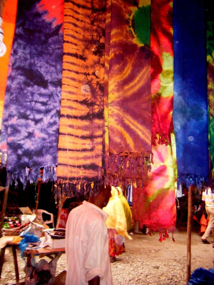 Africa | Traditional Somali Clothing - Taken on the market of Borama (Somalia 2010) | © Amina Sahra