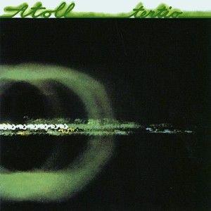 TERTIO En 1976, Alain Gozzo quitte le groupe, remplacé par Didier Hoffmann, mais réintègre la bande au bout d'un an. En 1977, l'album Tertio, remporte un vif succès, s'installe parmi les meilleurs albums de rock progressif français et marque l'orientation du groupe vers un rock climatique.