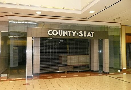 County Seat Lost stores in Chicago.