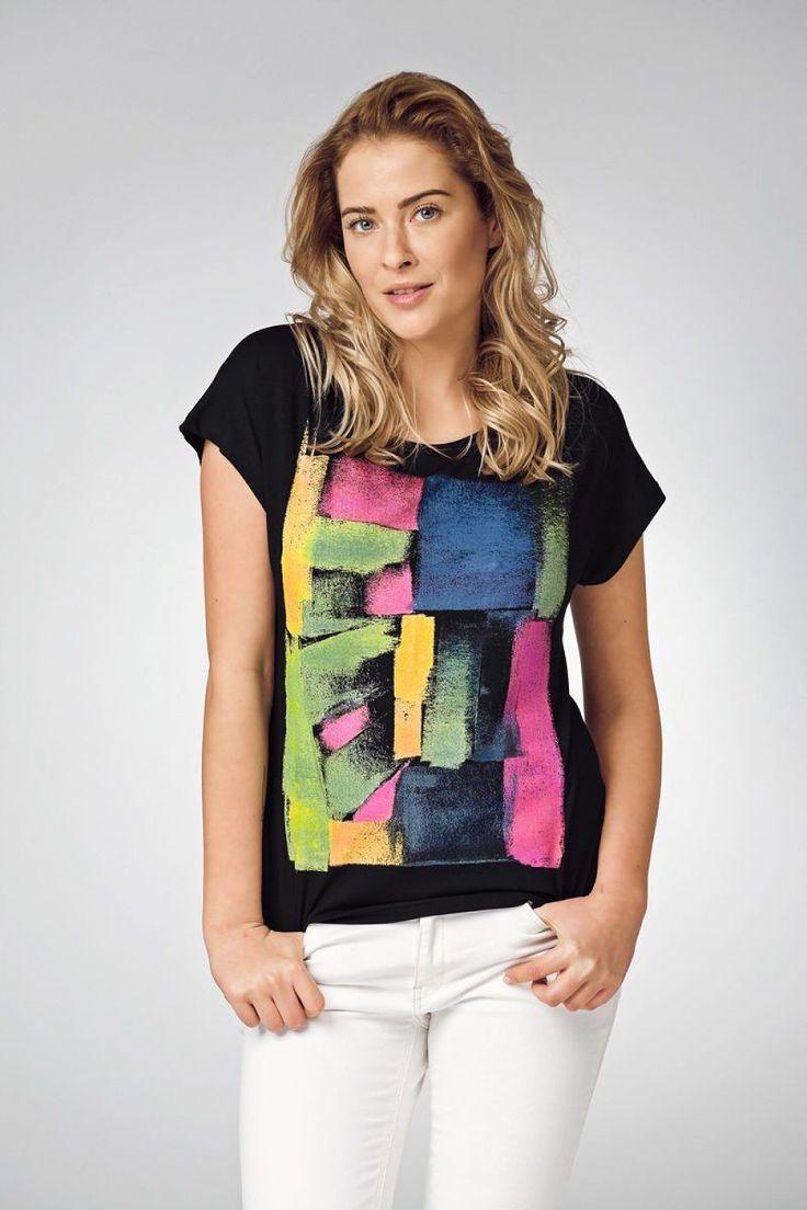 Κοντομάνικη μπλούζα Graffiti.96% Viscose 4% Spandex