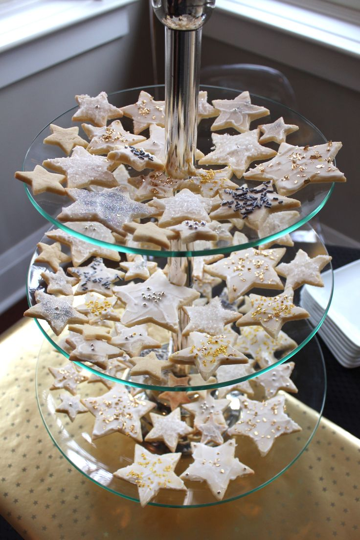 Starry Night themed birthday party // 1st birthday // star sugar cookies with sparkle icing