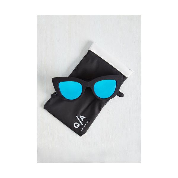 Quay Kitti Sunglasses (925 MXN) ❤ liked on Polyvore featuring accessories, eyewear, sunglasses, blue, other accessory, urban sunglasses, cateye sunglasses, blue sunglasses, blue lens sunglasses and blue cat eye sunglasses
