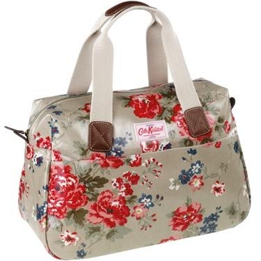 Love it - Winter Rose Zip Up Handbag £40 #CathKidston #handbag #rose