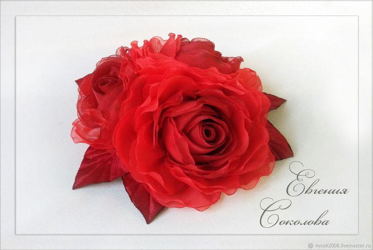 Брошь-цветы Красные розы – купить в интернет-магазине на Ярмарке Мастеров с доставкой
