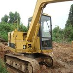 The used excavator CAT 320B has a super engine and bucket. Other related equipments can be available in variou...