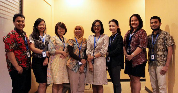 Selamat Hari Batik Nasional Jadikan batik sebagai identitas bangsa. berikut ini tips memilih batik kantor yang nyaman.  #batik #kantor #haribatik #haribatiknasional
