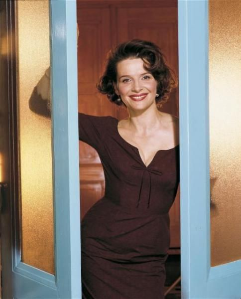 Juliette Binoche Chocolat Hairstyle I really think this style