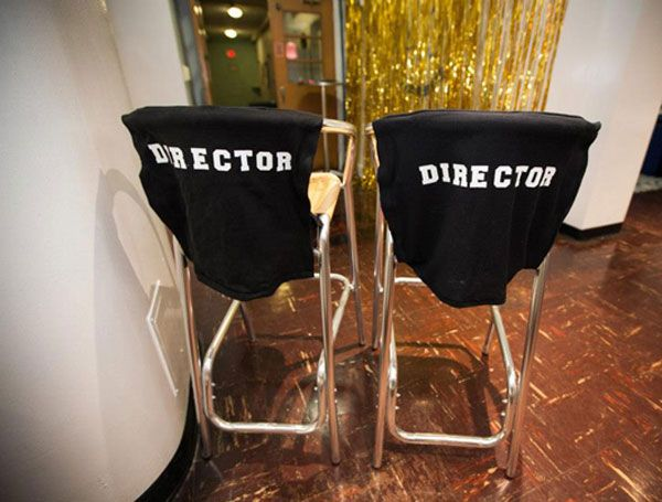 7 Easy Oscars Party DIYs from the 2013 #OscarUp | Directors Chair Covers