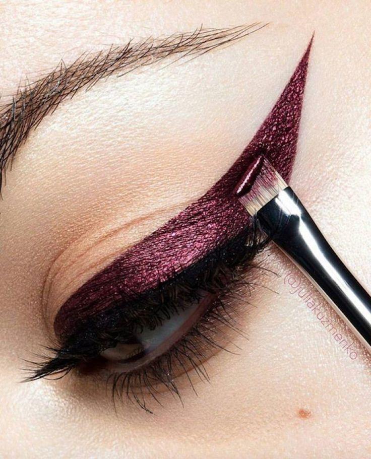 10 Meilleures Id Es Propos De Eyeliner Sur Pinterest Les Styles D 39 Eyeliner Yeux De Biche Et