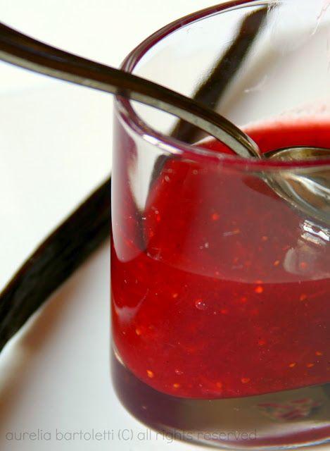 Confettura di fragole e vaniglia