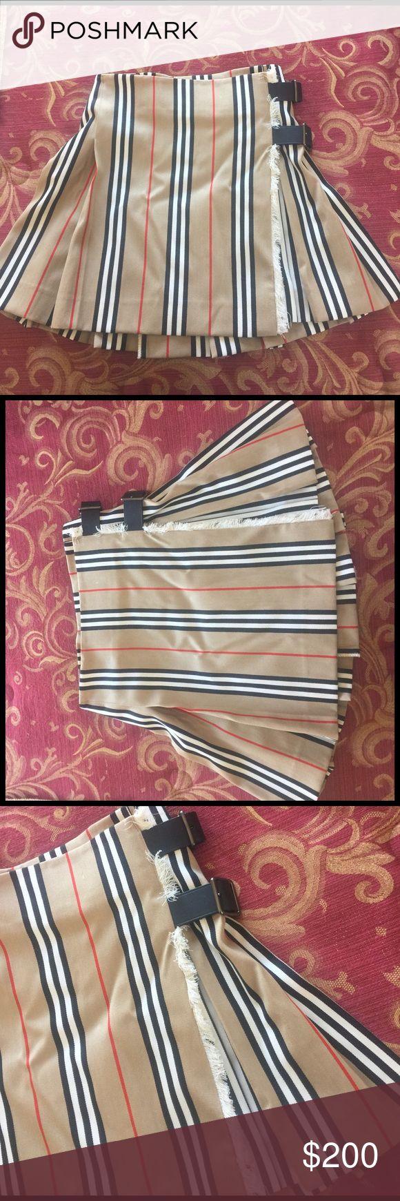 Burberry skirt Burberry skirt never worn, vintage, still has tag Burberry Skirts Mini