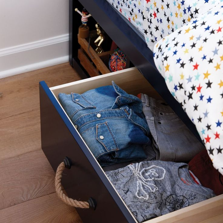 Midnight Blue Living Room: 1000+ Ideas About Midnight Blue Bedroom On Pinterest