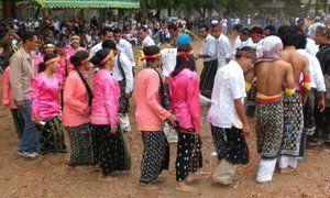 Tari Tandak Riau