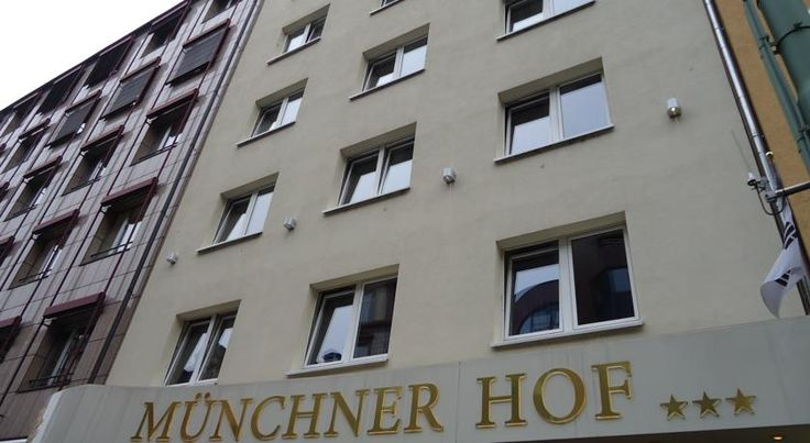 Hotel Münchner Hof Frankfurt am Main This privately run 3-star hotel near Frankfurt's Train Station offers a free breakfast buffet and free internet access throughout. The hotel's Ari Rang Restaurant serves Asian specialities.