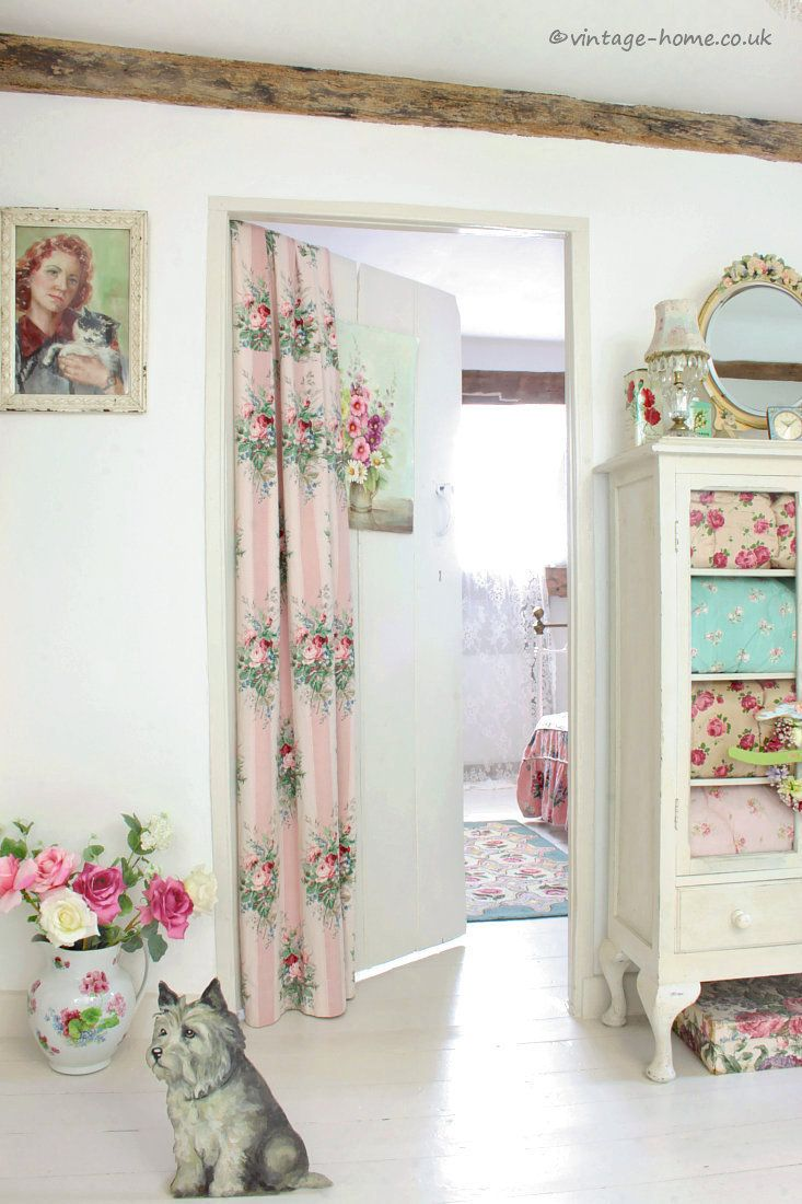 English Country Cottage Pretty Vintage Florals For Fresh Summer Decor For The Cottage Landing