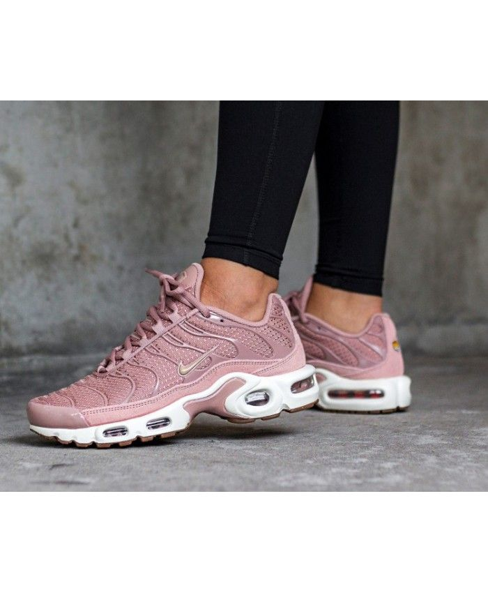 cantidad clima Recuento  Hot Nike Air Max Tn Plus Particle Pink Mushroom Sail | Nike air max  trainers, Nike air max, Cheap nike air max