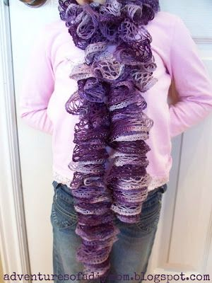 Adventures of a DIY Mom: How to Make a Scarf using Sashay Yarn and your fingers