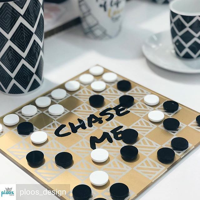 #go @ploos_design  .  .  .   #repost from @ploos_design -  Chase me chessboard! Plexiglass with handmade golden silkscreen print on it! A special gift for your special ones! NOW @ #Ambiente2018 international fair trade Messe Frankfurt! Hall11.1 Booth F58 #smartgift #giving #chess #chessboard #golden #homewareaccessories #decor #gift #quote #modern #pattern #gold #blackandwhite #design  #plexiartshop #plexiglassart #plexiglasart #silkscreen #screenprint #print #printmaking #insta…