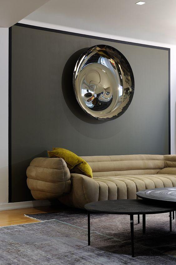 How To Decorate Around Neutral Modern Sofas For A Chic Living Room Set | Modern Living Room | Sofa Design | Interior Design | #beautifulsofas #modernlivingroom #livingroominspiration For more inspiration visit: http://modernsofas.eu/2017/03/13/decorate-neutral-modern-sofas-chic-living-room-set/
