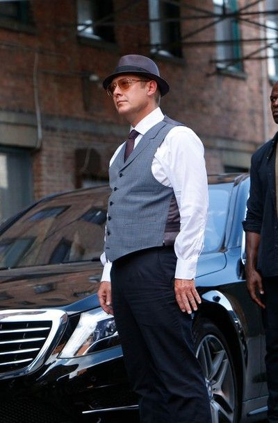 Raymond Reddington in The Blacklist S02E03