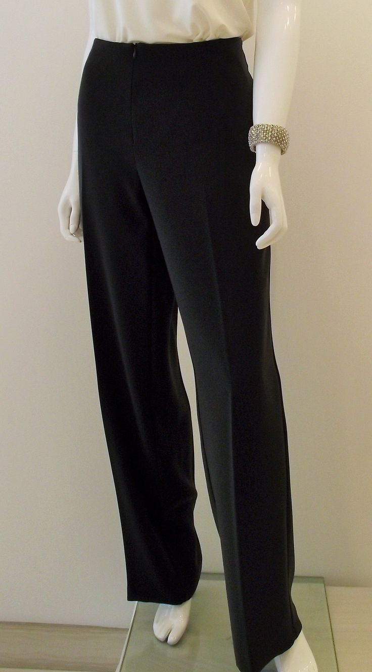 Stunning black pant by Ribkoff. so slimming and perfect to match with any top or blazer. #classicboutique #classic #pickeringtowncenter #eastgwillimbury #josephribkoff