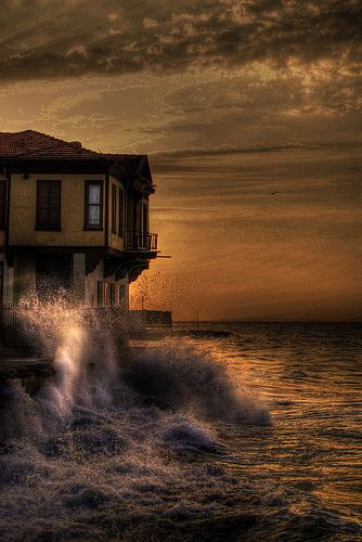 waiting for the darkness(Mudanya,Turkey)