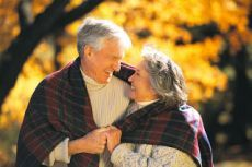 Чистка организма для пожилых людей       С возрастом в организме человека происходят существенные изменения. Именно поэтому пожилым людям следует с осторожностью относиться к таким вещам, как выбор лекарств, борьба с лишним весом, пересмо…