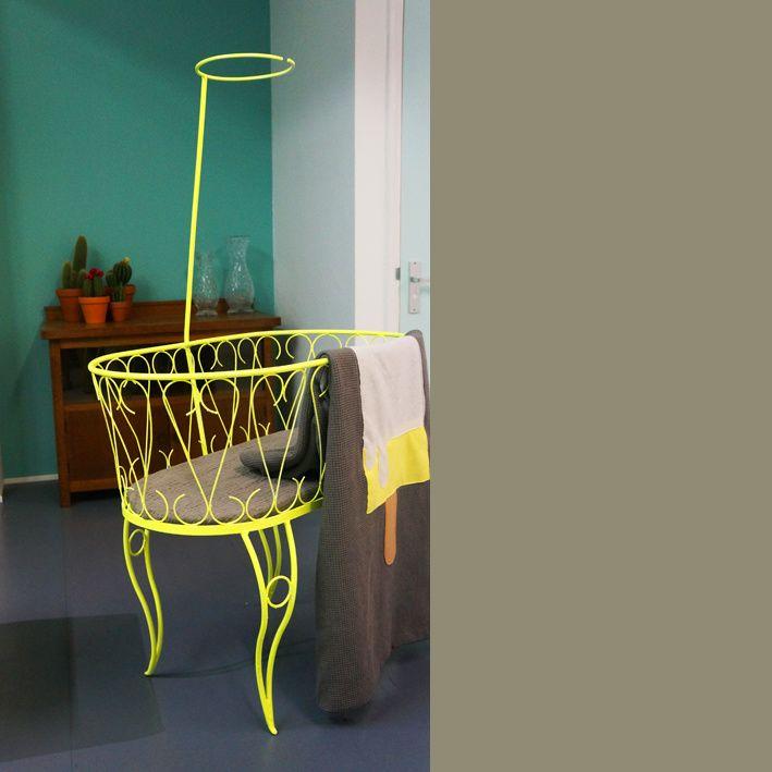 Vintage Wieg Neon Geel