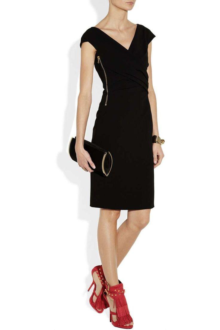 vestito nero scarpe