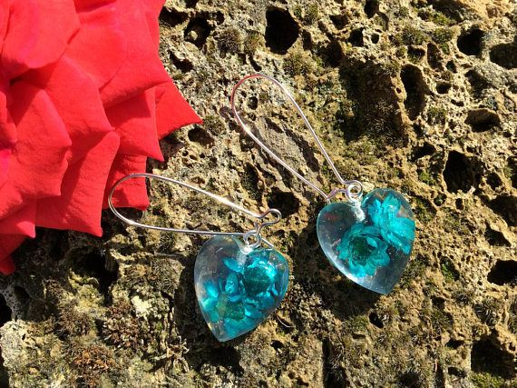 Earrings-Flowers oil color-Resin / Orecchini-Fiori color petrolio-Resina € 6,00