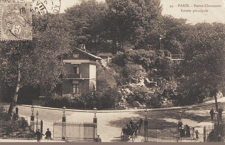 Paris, l'entrée principale du parc des Buttes-Chaumont, vers 1900.