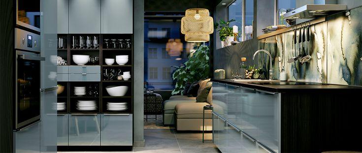 cuisine gris turquoise enti rement am nag e ouvrant sur un salon dream home kitchen. Black Bedroom Furniture Sets. Home Design Ideas