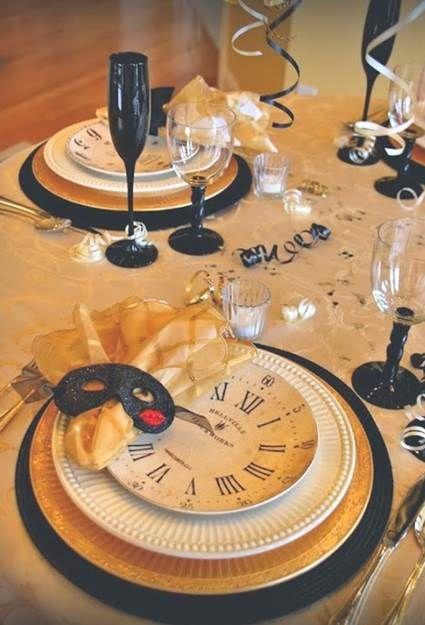Vajilla para la mesa de Nochevieja
