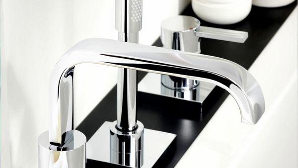 Grohe Badarmaturen Hohe Qualitat Eleganz Und Innovatives Design Armaturen Bad Badarmaturen Badezimmerarmatur