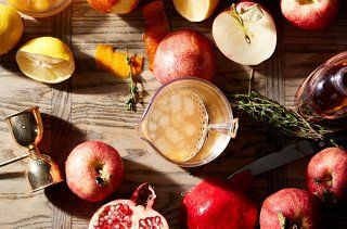 We think these Apple Cider Cocktail recipes are perfect for the holiday season!