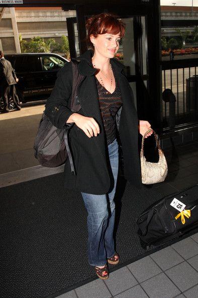 Carla Gugino Photos: Carla Gugino at LAX