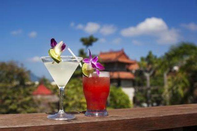 How to Make a Virgin Mai Tai Cocktail | LEAFtv