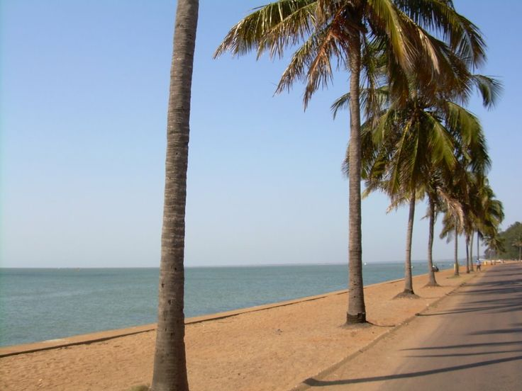 Costa do Sol Beach at Maputo